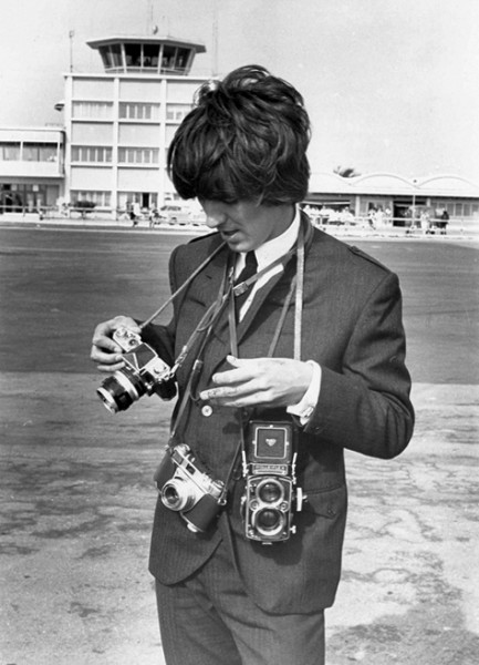 George-Harrison-with-left-to-right-A-Nikon-F-A-Kodak-Retina-IIS-and-his-Rolleiflex