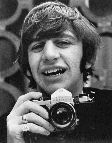 Ringo-Starr-with-a-Pentax-SLR