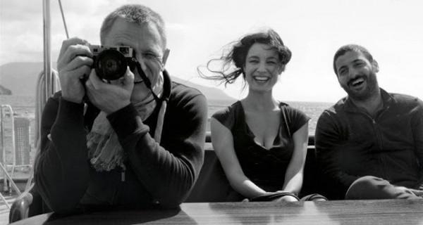 James Bond - Daniel Craig with his Leica M9 Steel Grey